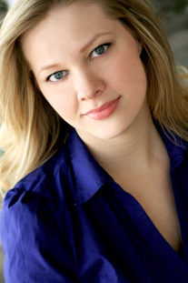 Bethany Salminen Headshot