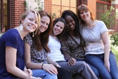 6 interns/CFCM