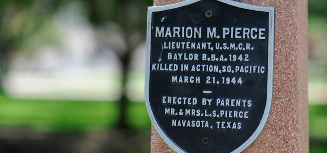 Memorial Lampposts