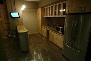 111705_Kitchen Area.jpg