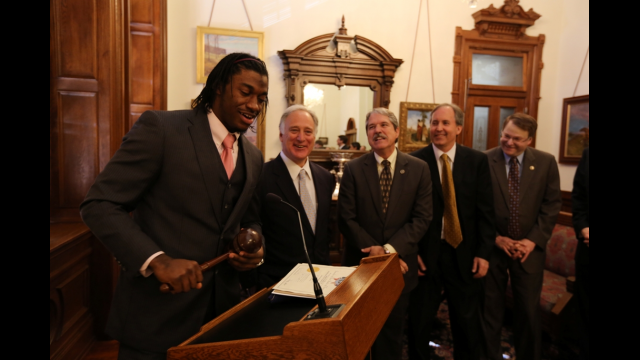 RGIII Honored by Texas Senate