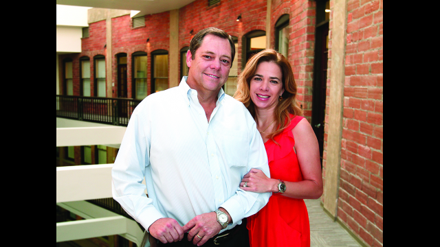 Full-Size Image: Paul and Alejandra Foster
