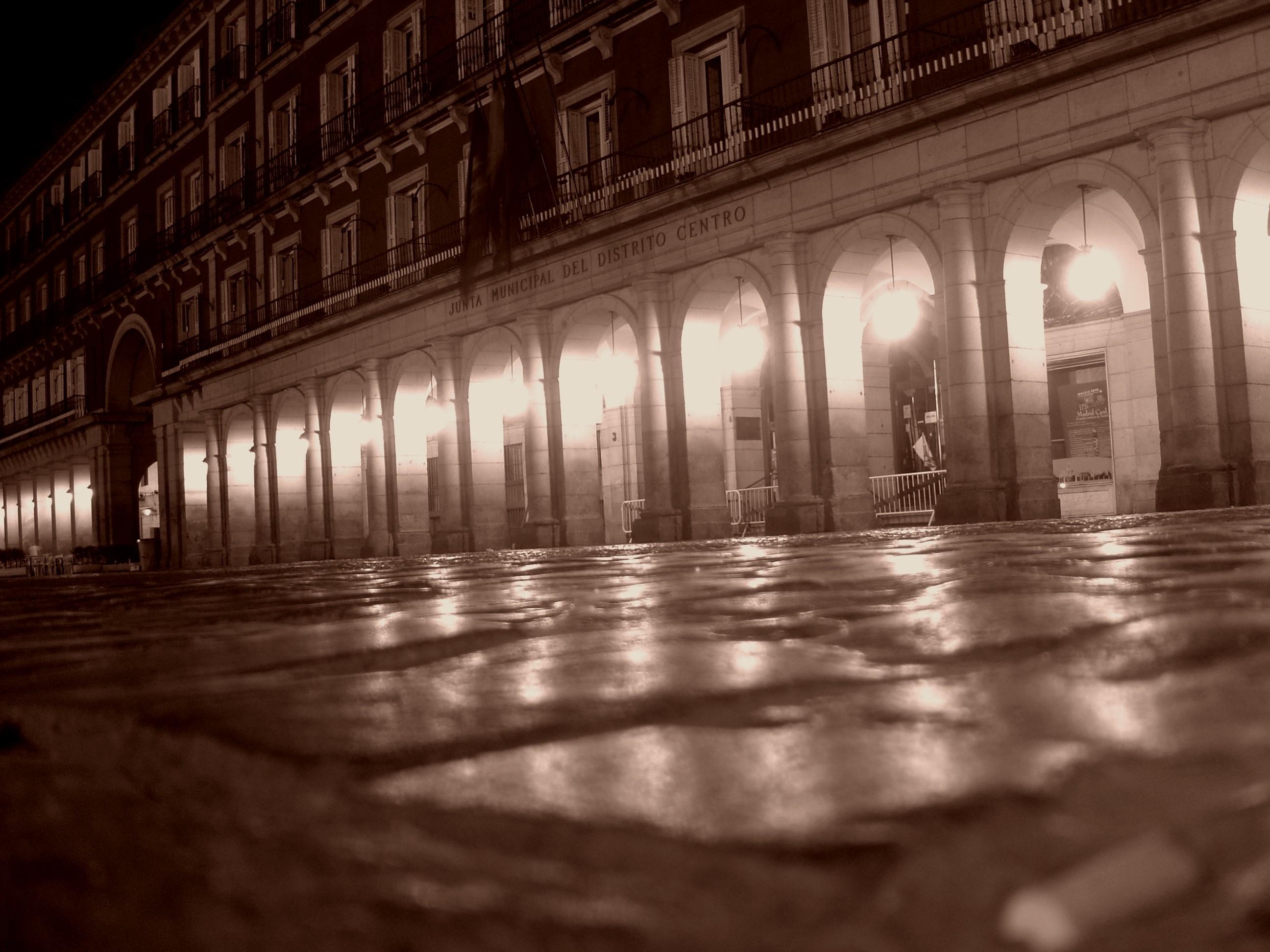 2nd Place (Art & Architecture):  La Plaza Mayor de Madrid