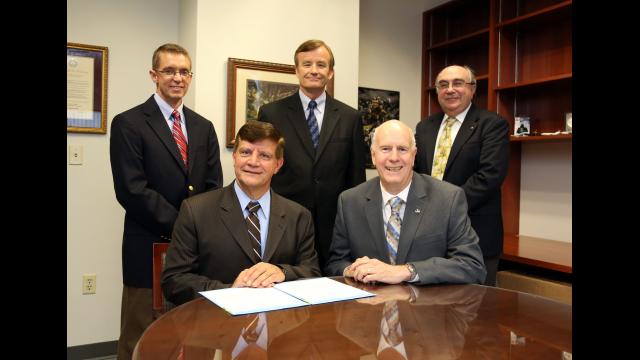 Full-Size Image: L-3 Endowed Scholarship Fund in ECS