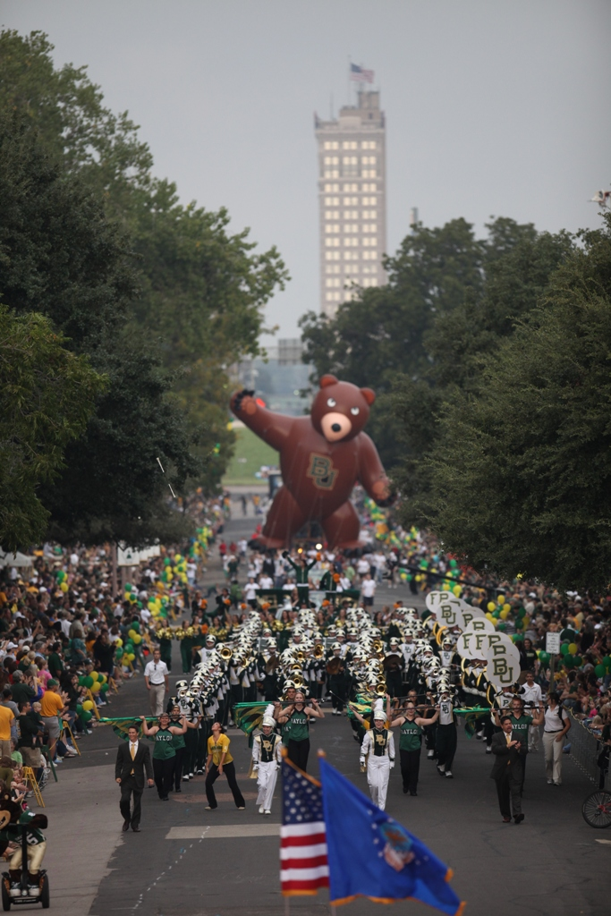 Baylor Homecoming Parade