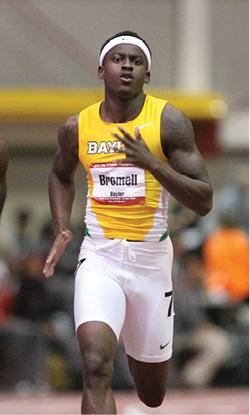 Photo of Trayvon Bromell running