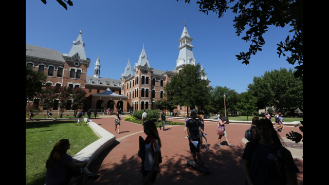 Baylor Achieves Numerous Milestones in Fall Enrollment, Diversity, Across-the-Board Retention