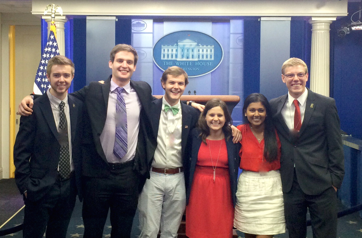 DC Interns White House