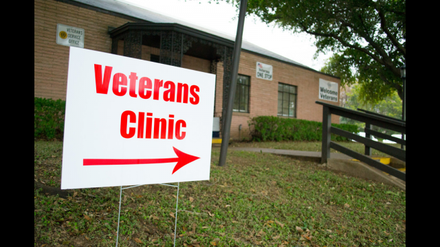 Veterans Clinic Sign