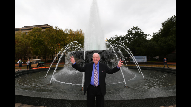 Baylor Celebrates Dedication of Rosenbalm Fountain, Fifth Street Thoroughfare