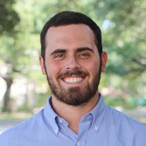 Headshot of Kaleb Loomis