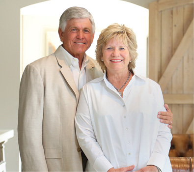 Headshot of Winners of Baylor Legacy Award: Claude and Becky Lindsey
