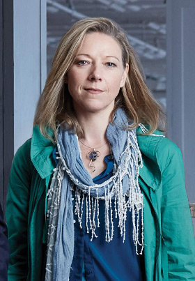 Fiona Bond