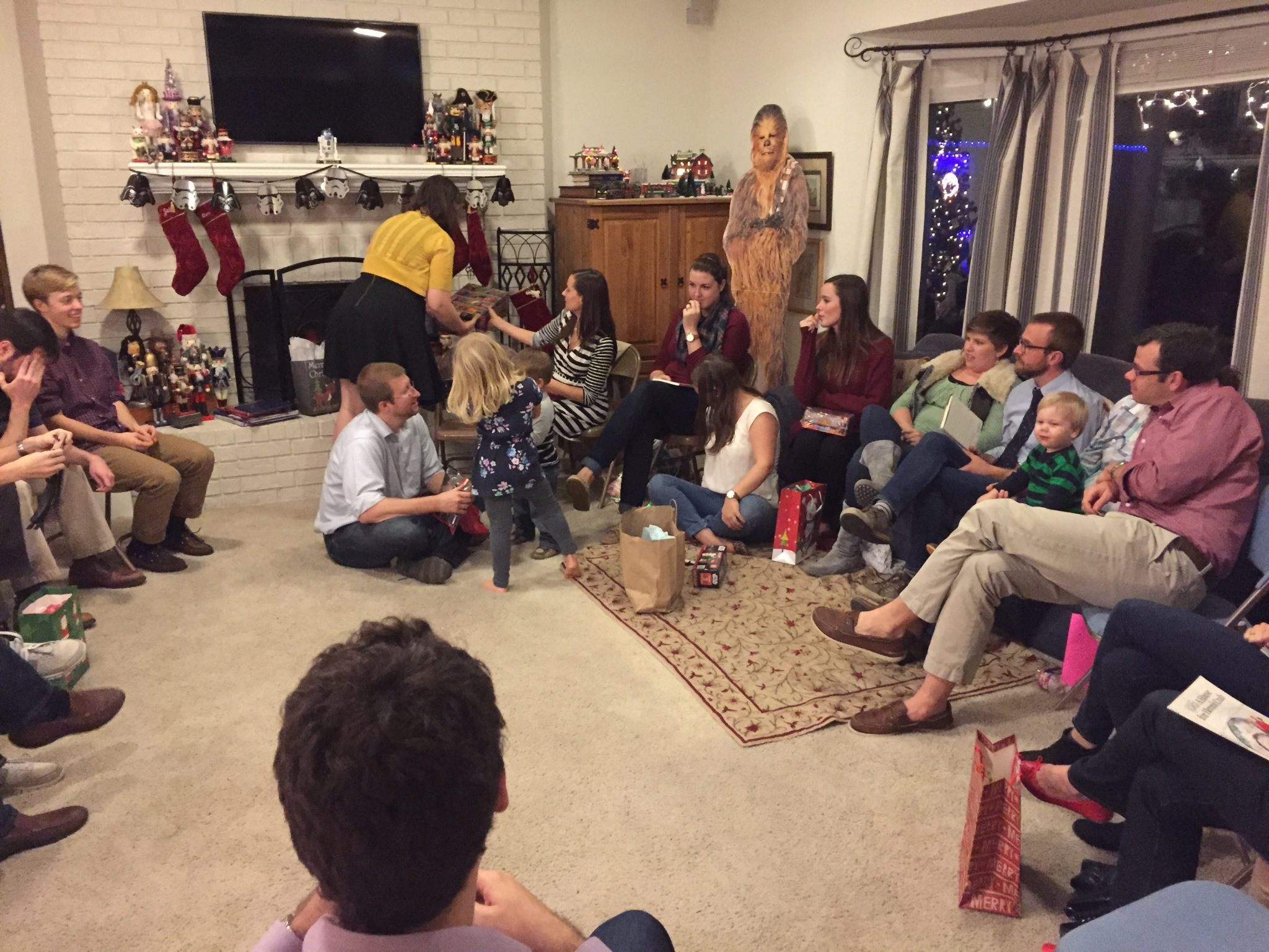 Christmas '15 Party 10