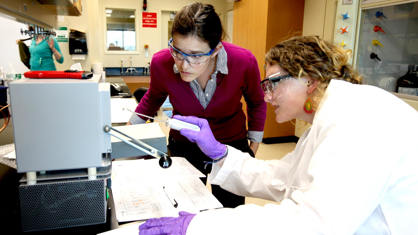 Research at Baylor offers graduate students the ability to learn alongside world-class faculty who enjoy an atmosphere in which research, teamwork, and faith are valued.