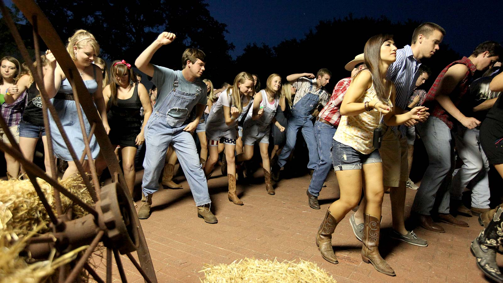 HOWDY is Baylor's official TEXAS welcome and celebrates everything Baylor and everything Texas.