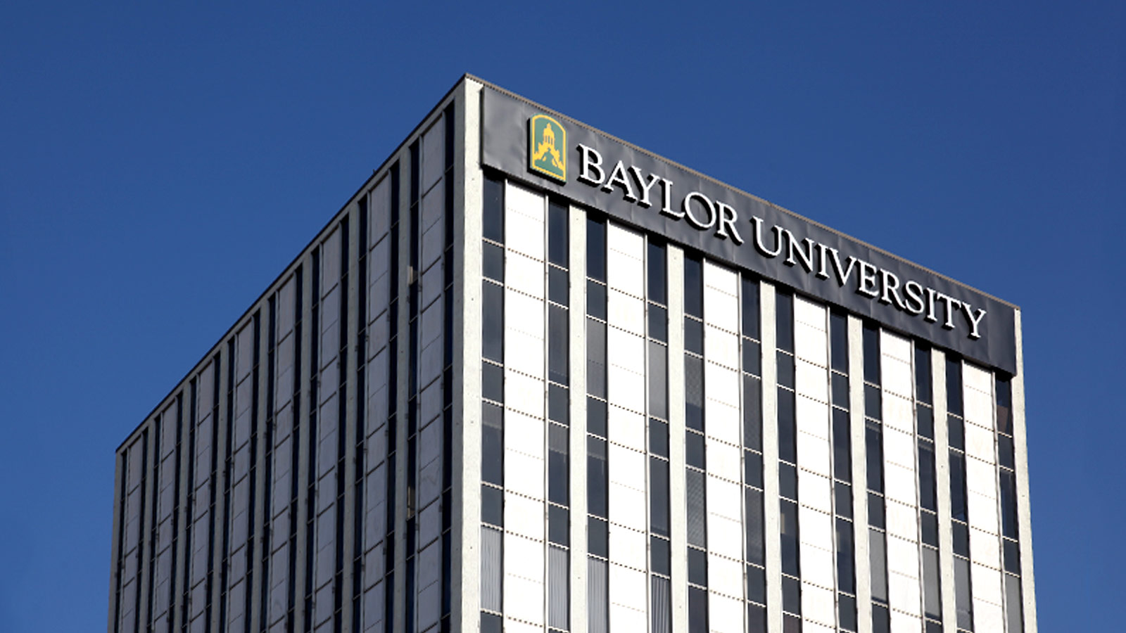 Baylor School of Social Work students learn about human dignity, the power of hope, the need for justice, caring as the foundation for effective change, and service that transforms lives and communities.