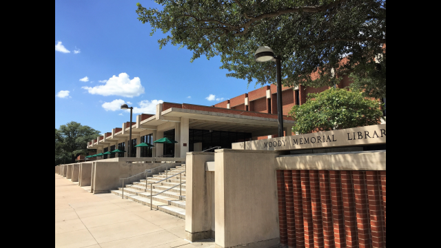 Full-Size Image: Moody Library exterior