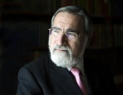 Headshot of Rabbi Lord Jonathan Sacks