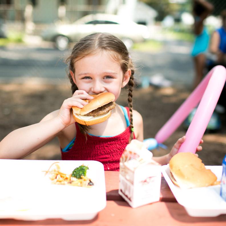 kids enjoying summer meals