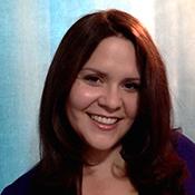 Nikki Glaros