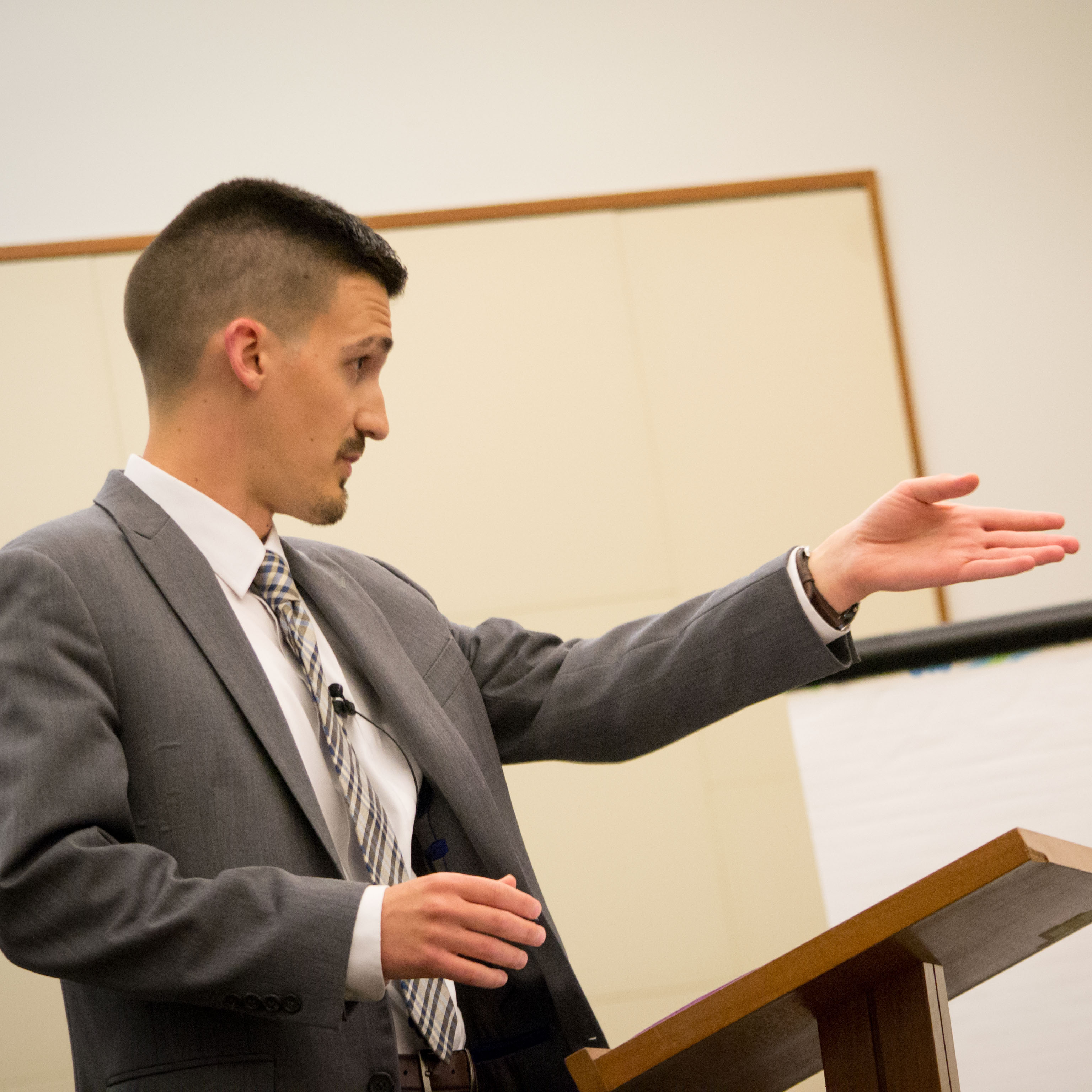 The Top Gun runner up, Eric Fledderman, argues strongly in his mock trial presentation