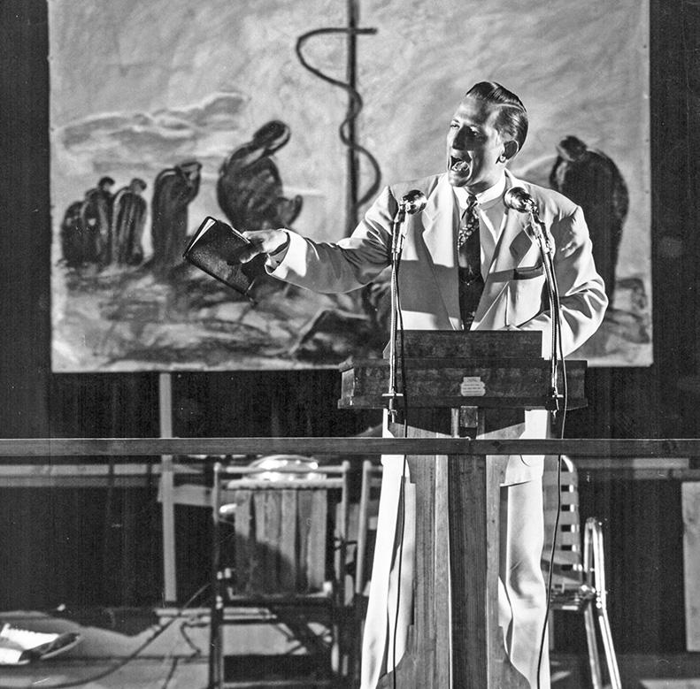 Howard E. Butt Jr. preaching