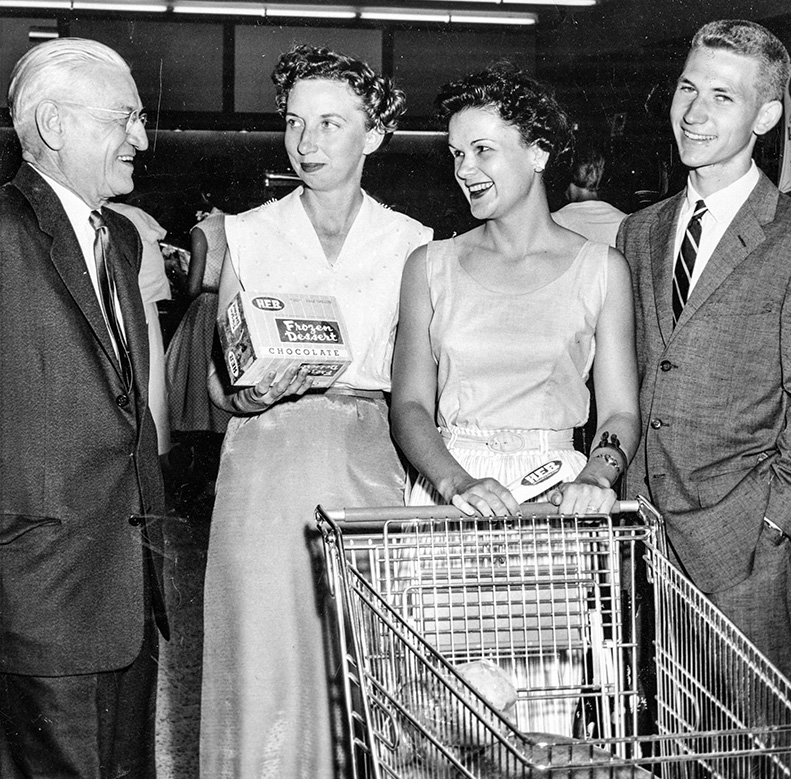 Howard E. Butt Sr. with Mrs. Bryant, Mrs. May and Charles Butt