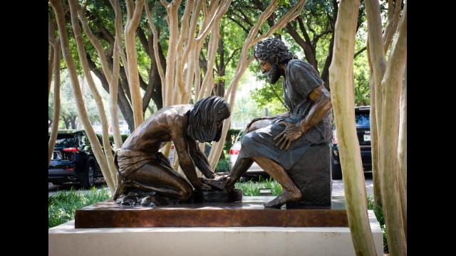 LHSON Statue