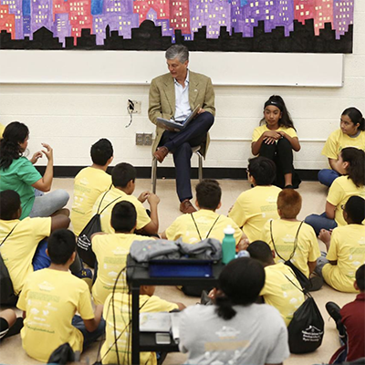 Mayor Kyle Deaver reads to students at Freedom School