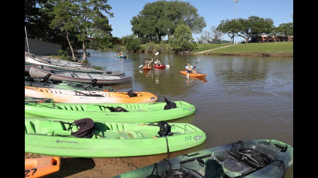 Row Your Boat: Baylor Outdoor Adventure Expert Says Be Open to Outcomes for Richer Experience