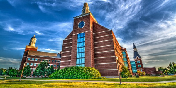Hero image of the Baylor Sciences Building