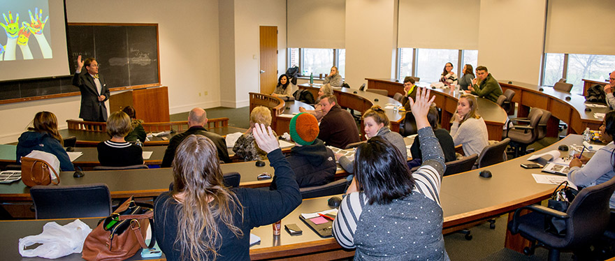 A full classroom at Baylor Law
