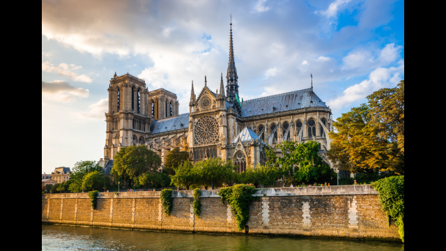 Full-Size Image: Notre Dame Cath...