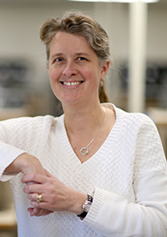 Dr. Linda Olafsen
