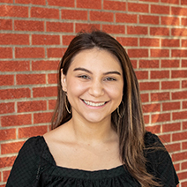 Headshot of Juliana Canas Baena