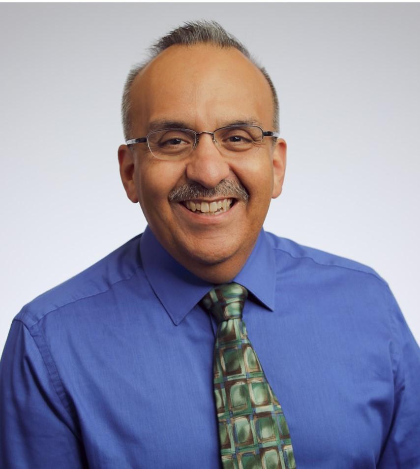 Dr. Daniel Romo