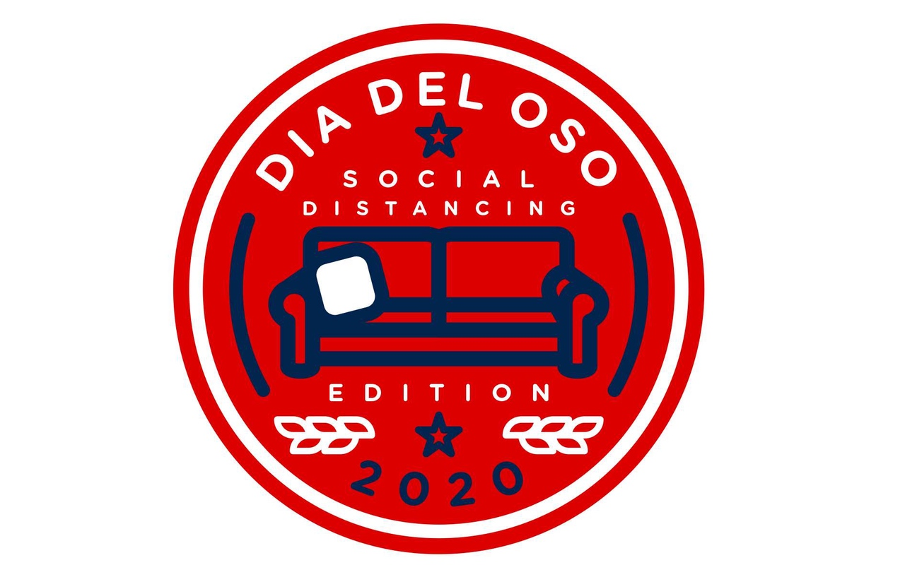 Día Social Distancing Decal