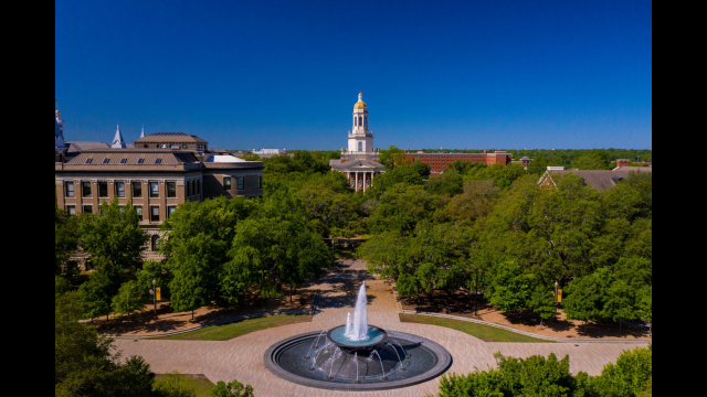 Baylor Students Use Summer School to Zero In on Subjects, Graduate Sooner