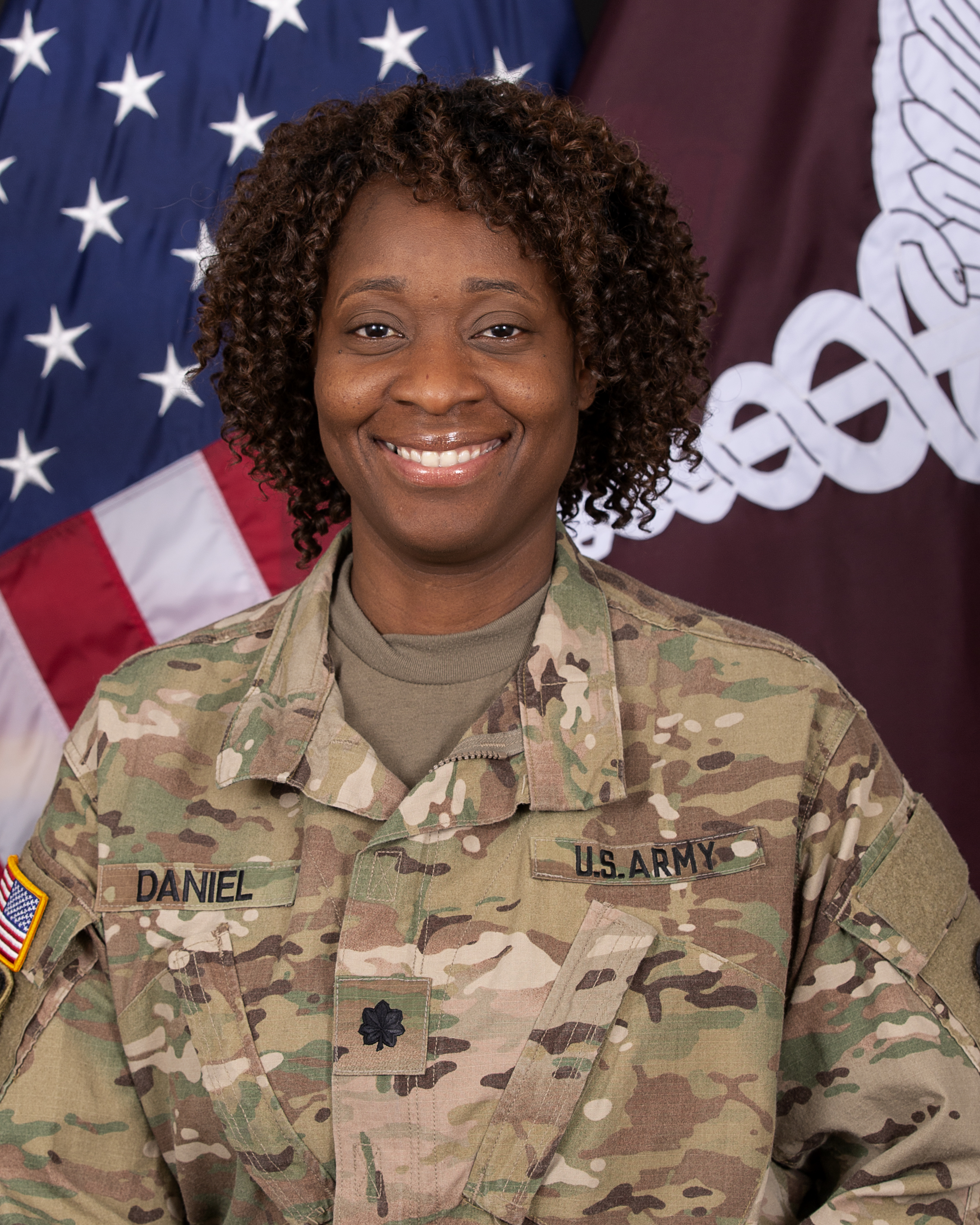 LTC Janice Daniel, DNAP, CRNA, Phase 2 Clinical Site Director: Brooke Army Medical Center