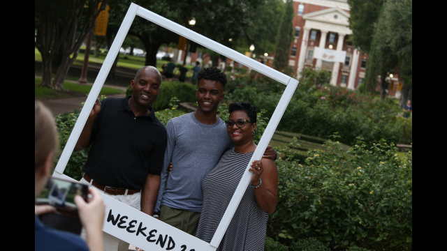 Full-Size Image: Family Weekend 2020 1