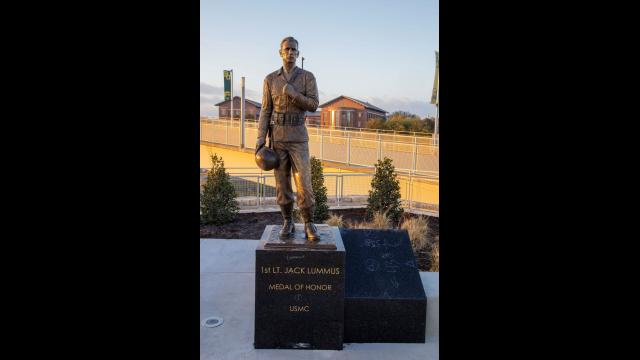Full-Size Image: Medal of Honor Statue 1st Lt. Jack Lummus Jr.