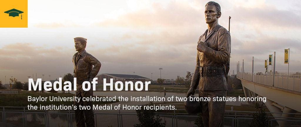 Two statues of medal of honor recipients.