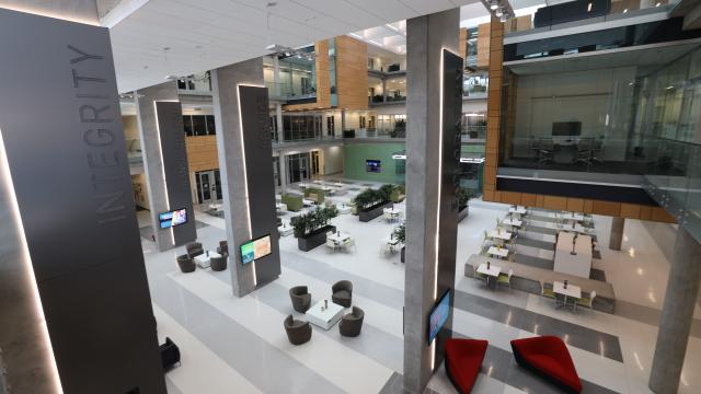Full-Size Image: Foster Campus Atrium