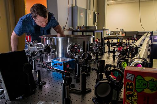 Quantum Optics - Adjusting the Can