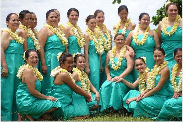 Hula Auana Dancers