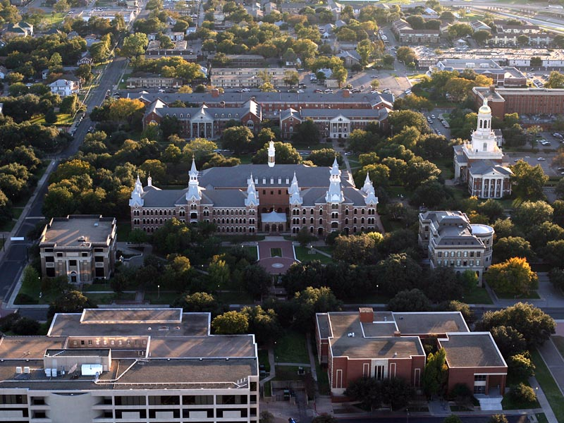 Aerial of Baylor Campus - 800x600 (20061028_rr_77651)