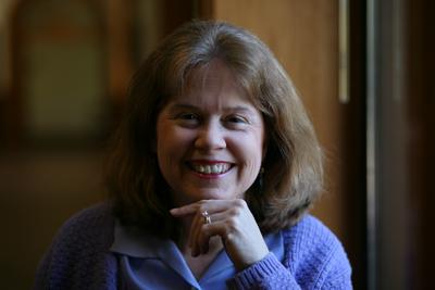 Elizabeth Dell