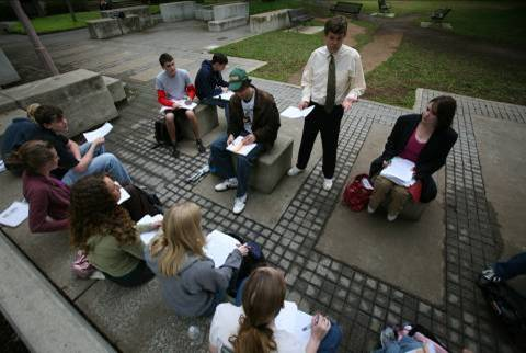 Alden Smith teaching in Founders Mall - from above