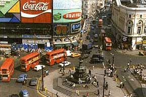 piccadilly circus big